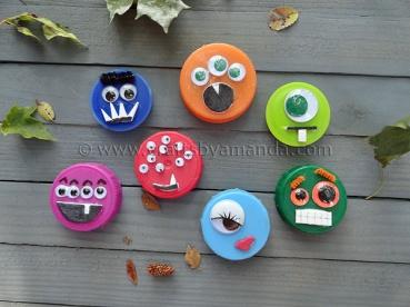 Plastic Lid Halloween Recycle Craft